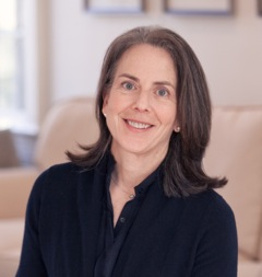 Elizabeth Suneby-profile-picture