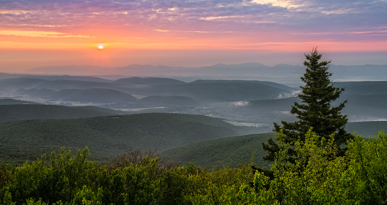how you hike in the appalachian mountains during a gap year