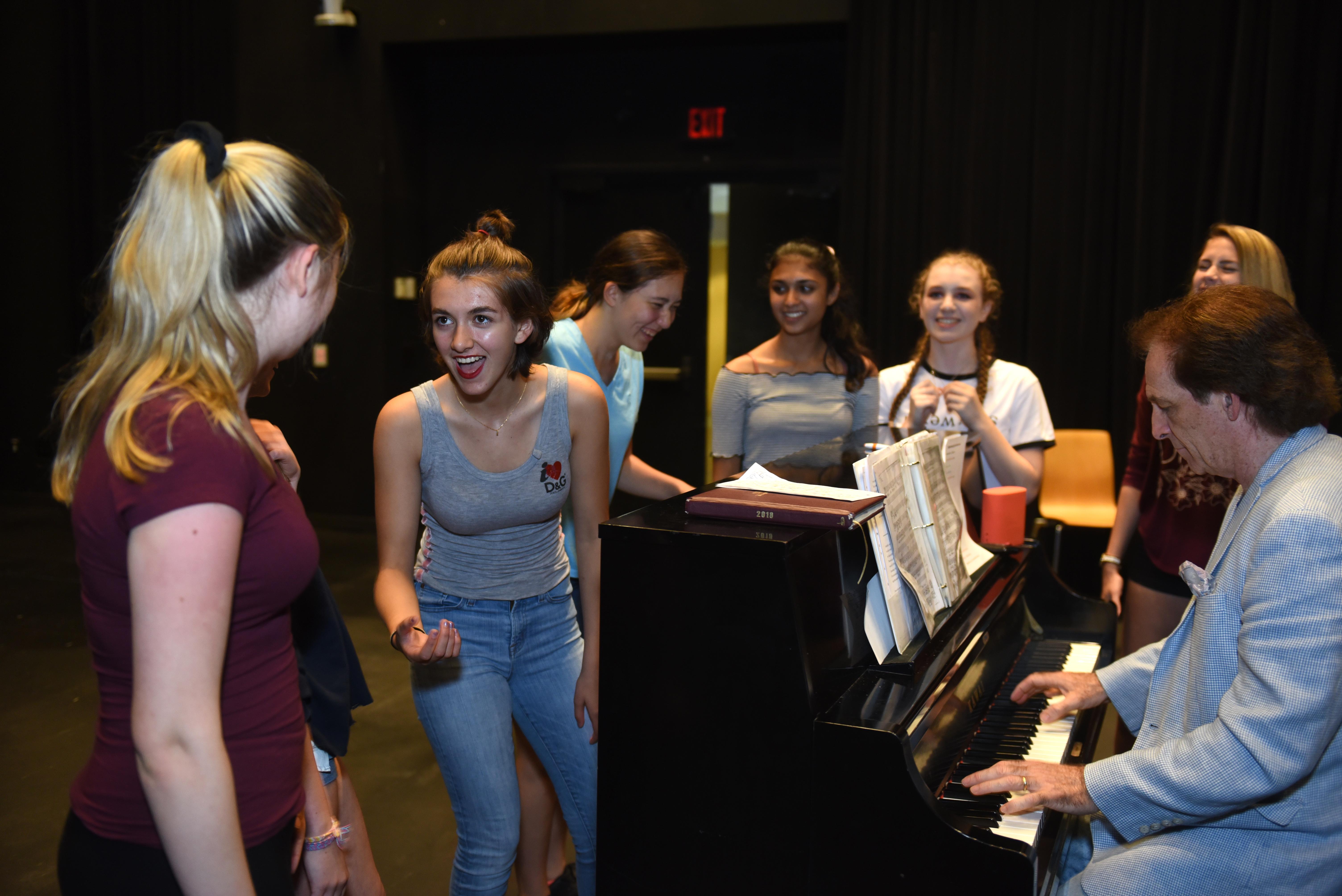 Summer Program - Filmmaking and Digital Media | Adelphi University Summer Pre-College Programs