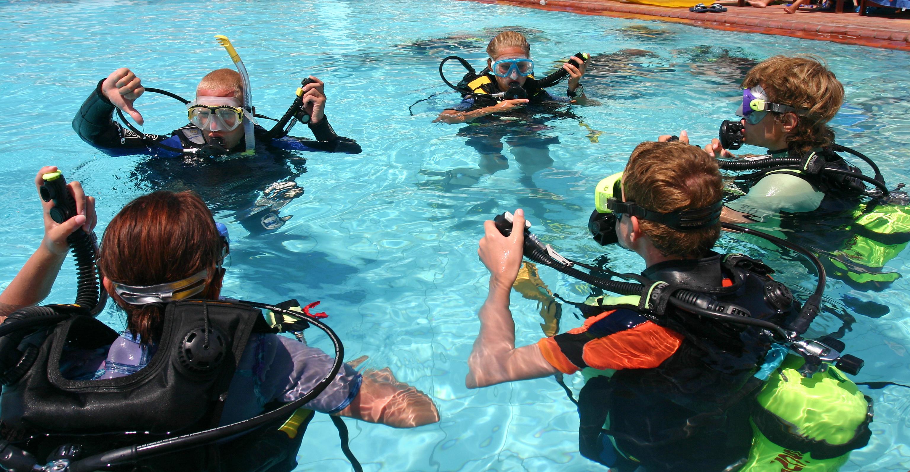 Summer Program - Scuba Diving | ARCC Programs | Belize: Caribbean Reef Conservation