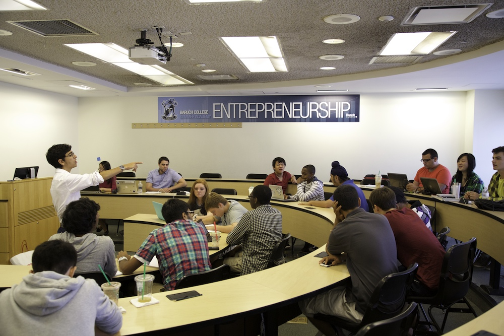 Summer Program - Leadership | Baruch Leadership Academy