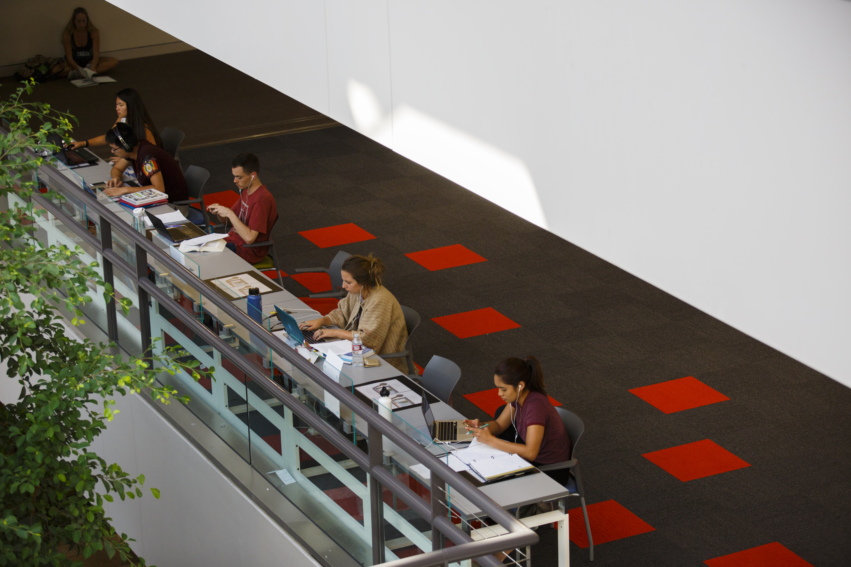 Summer Program - Writing | LMU Pre-College Programs: Beginning Screenwriting