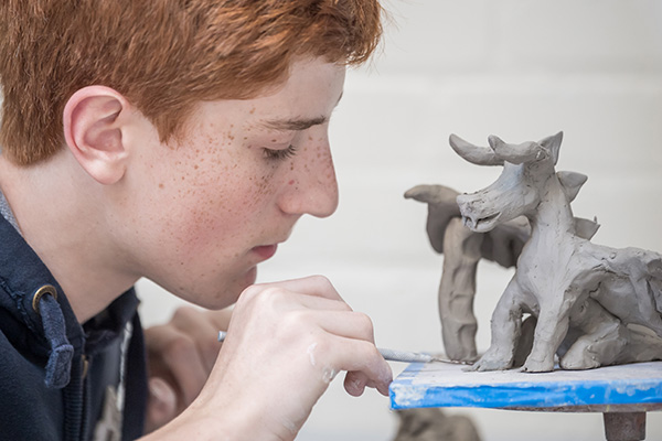 Summer Program - Arts and Crafts | Belmont Hill Summer School: Art Workshops