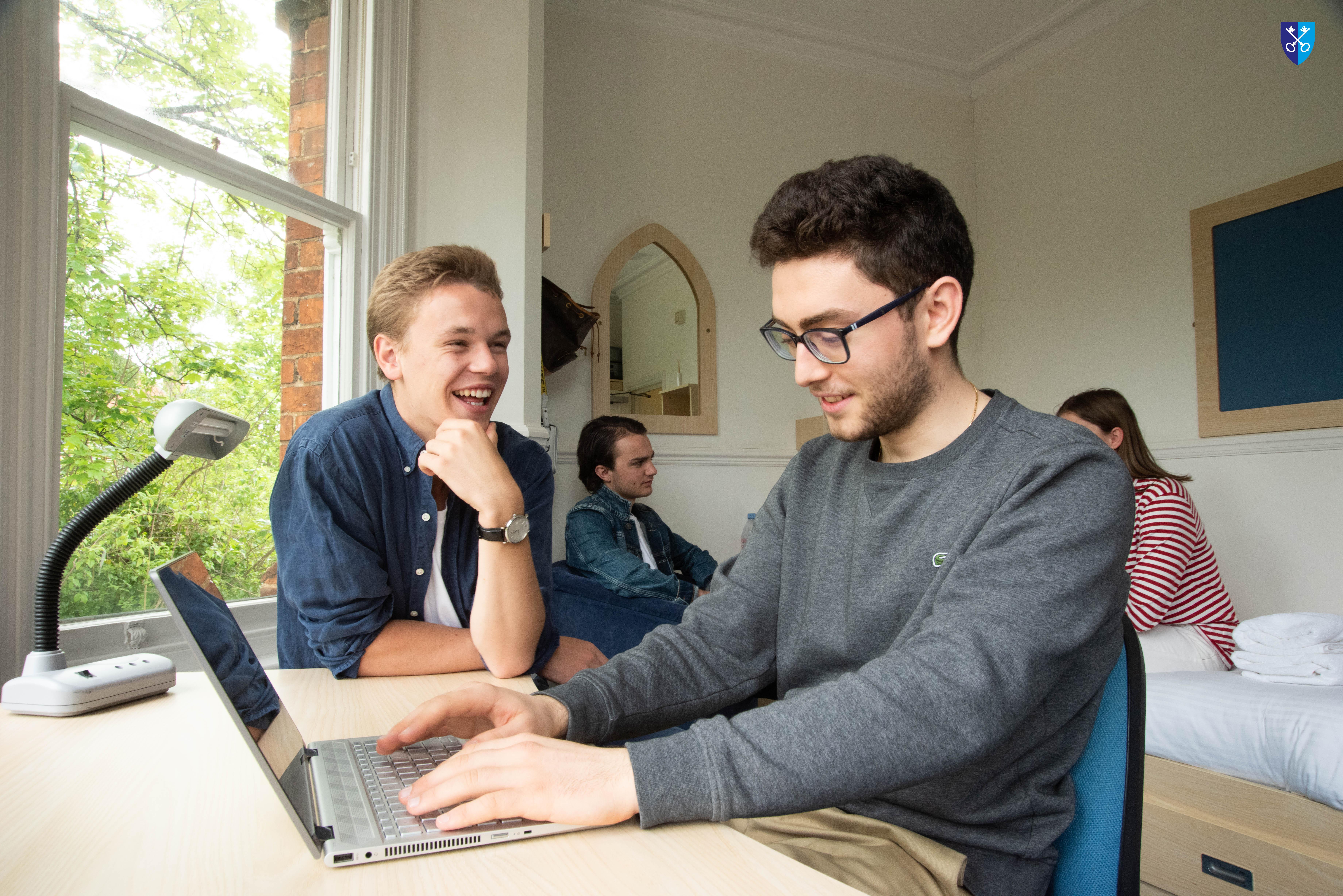 Gap Year Program - Campus Oxford: Gap Year Programs in United Kingdom  7
