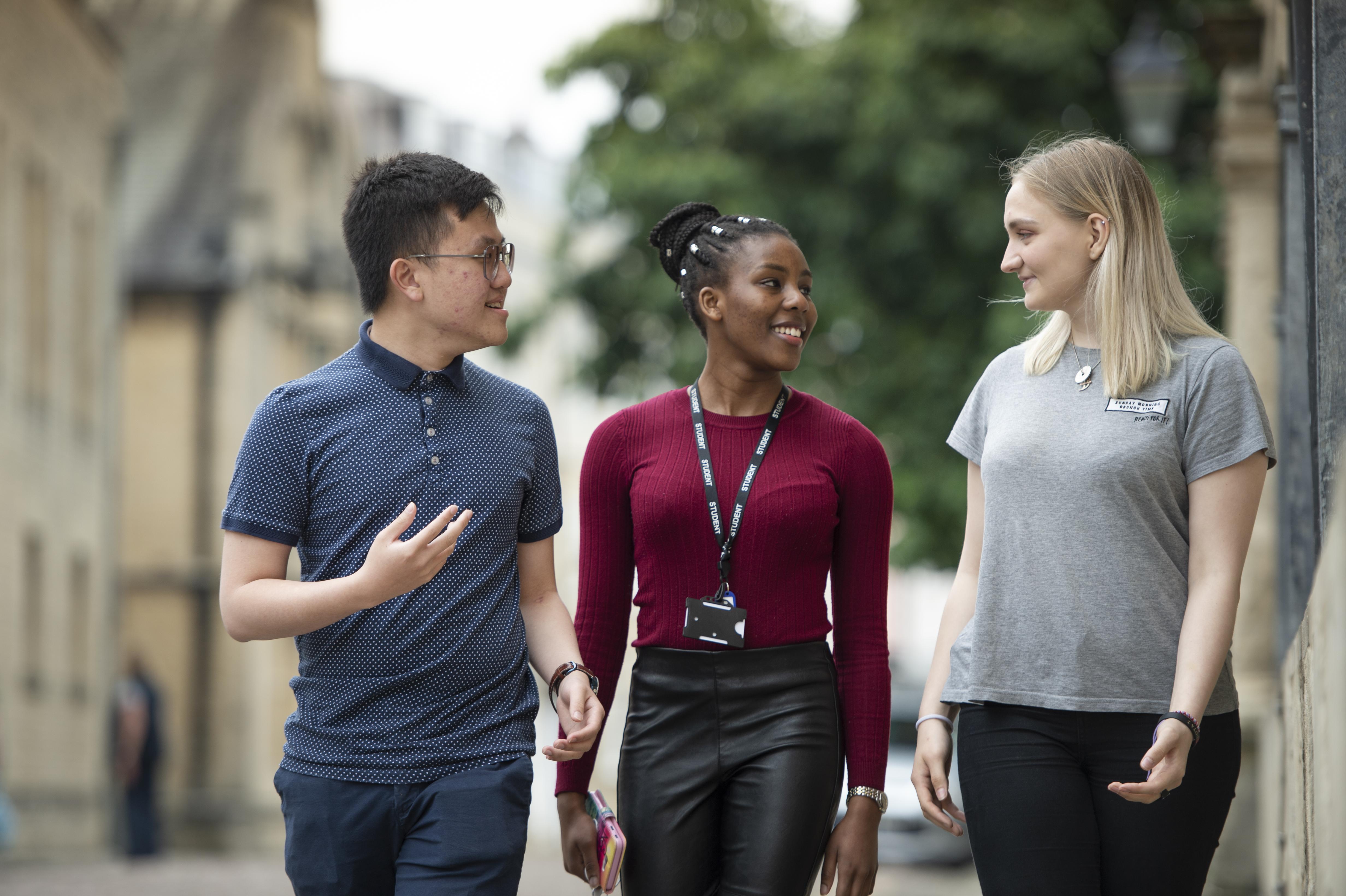 Gap Year Program - Campus Oxford: Gap Year Programs in United Kingdom  3