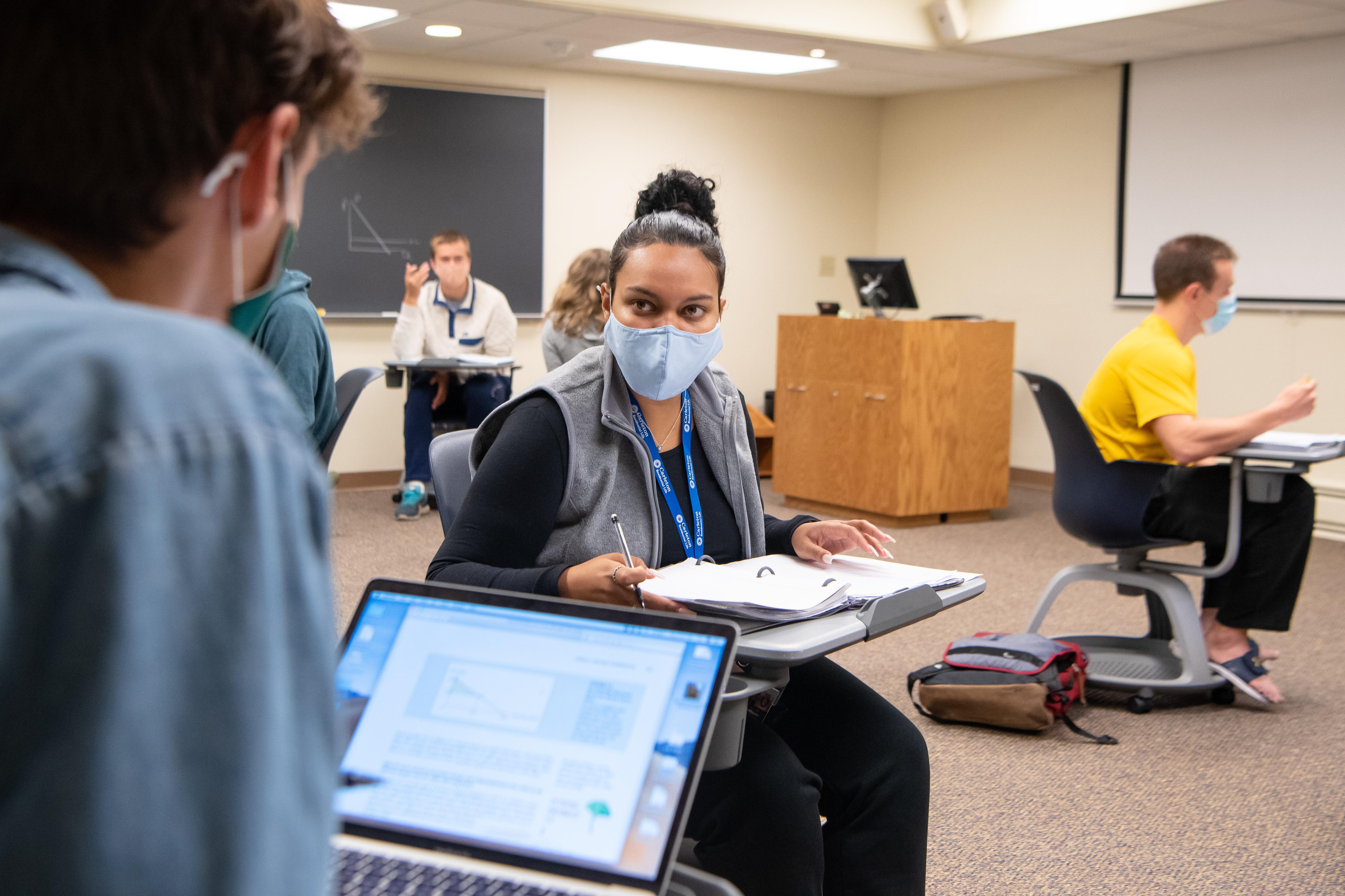 Carleton College: Exploring Global Pandemics Program