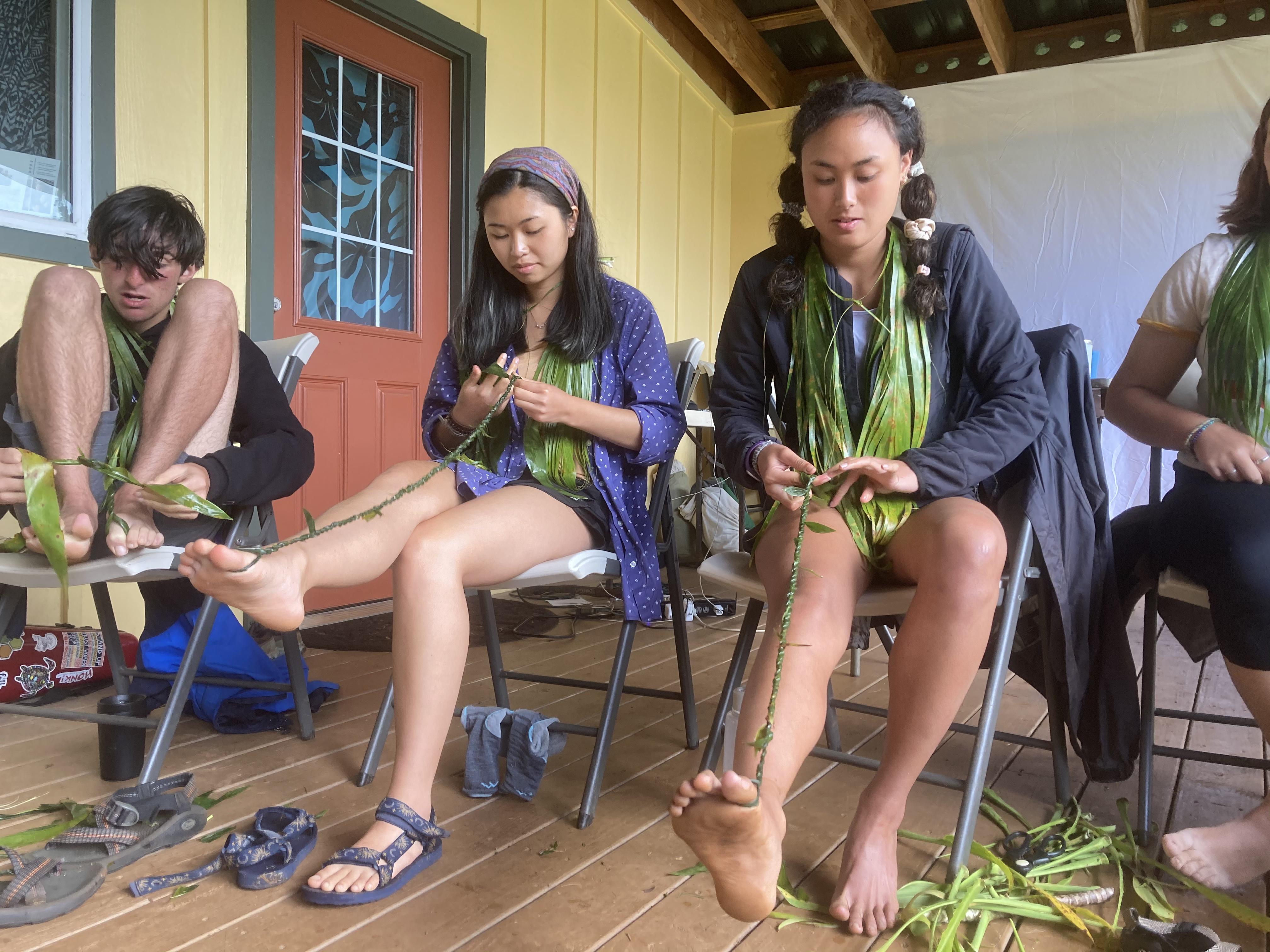 Summer Program - Surfing | Carpe Diem Education | Costa Rica, Ecuador and Hawaii Summer Programs