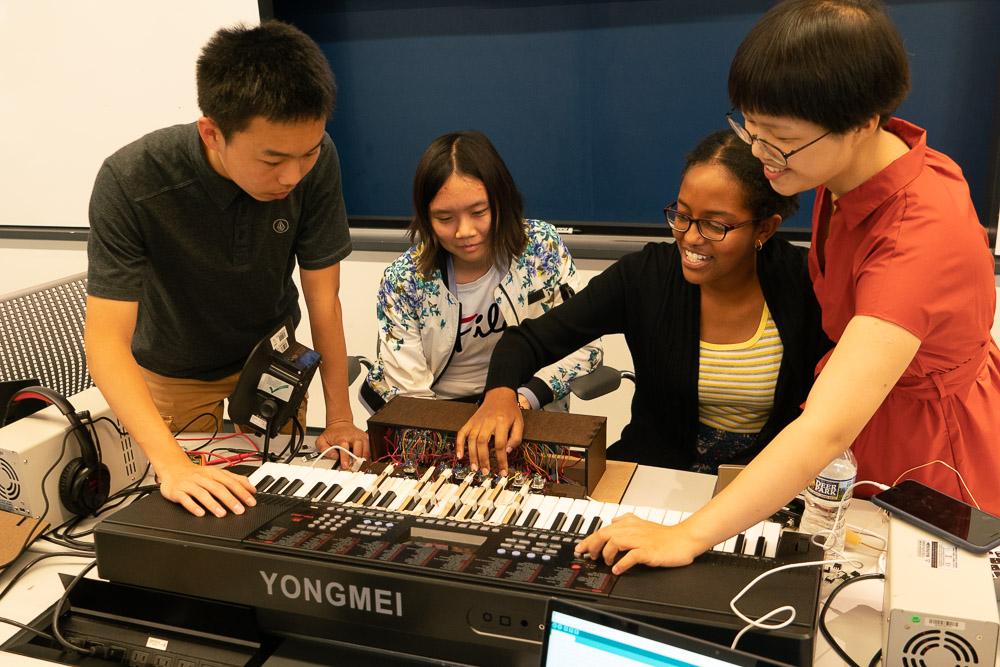 Summer Program - STEM | Engineering Summer Academy at Penn