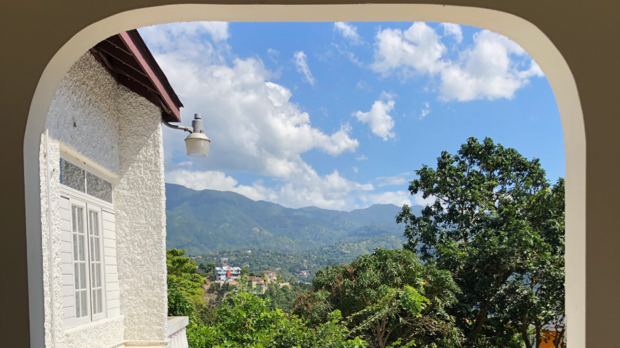 Gap Year Program - Kaya Gap Year: Community Volunteering in Jamaica Fall 2021  1