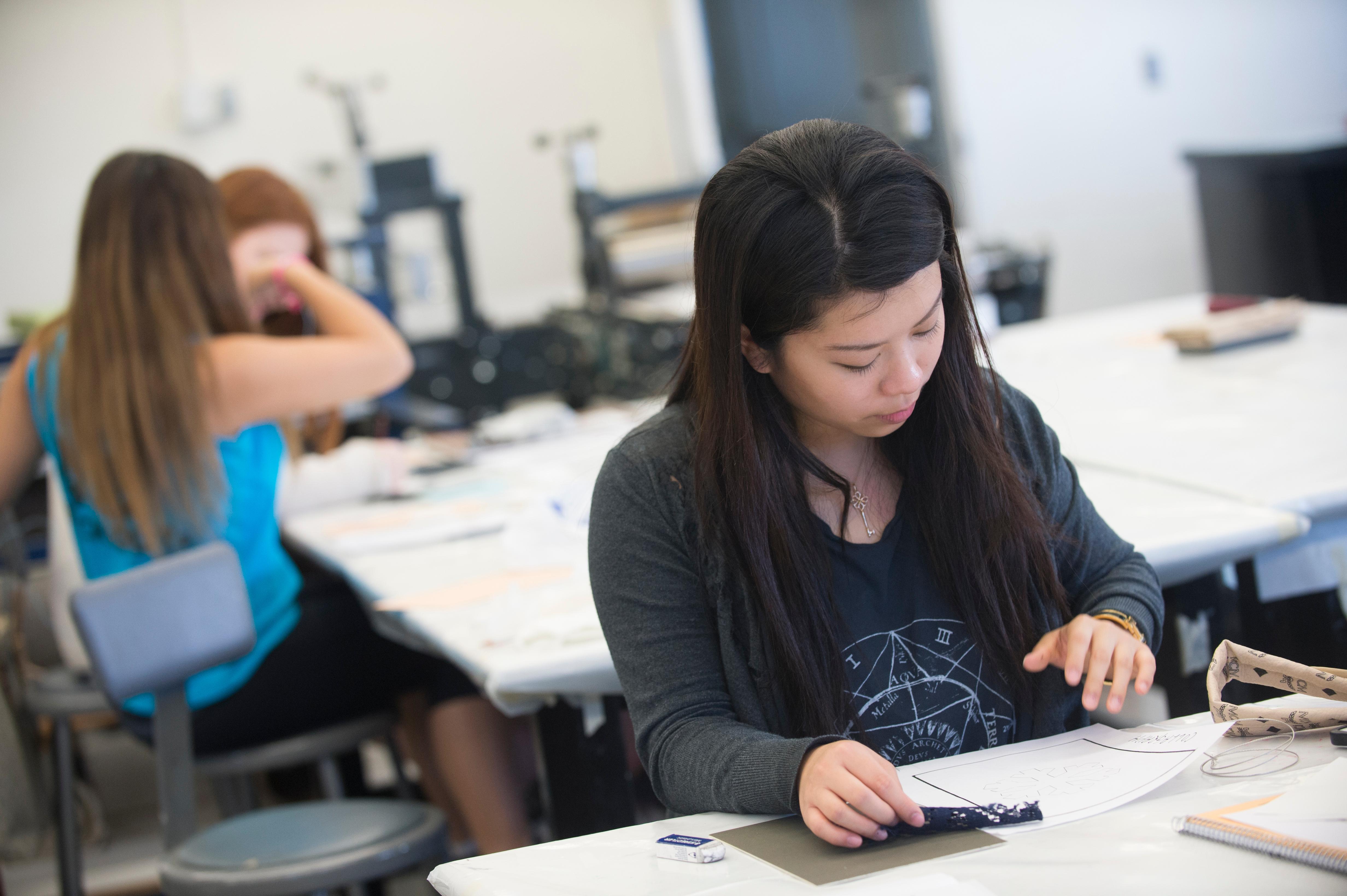 Summer Program - Arts | LMU Pre-College Programs: Intro to Three-Dimensional Design