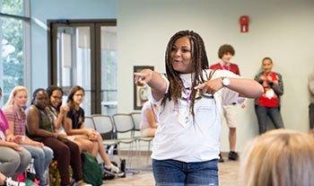 Summer Program - Communications | National Student Leadership Conference (NSLC) | Mastering Leadership