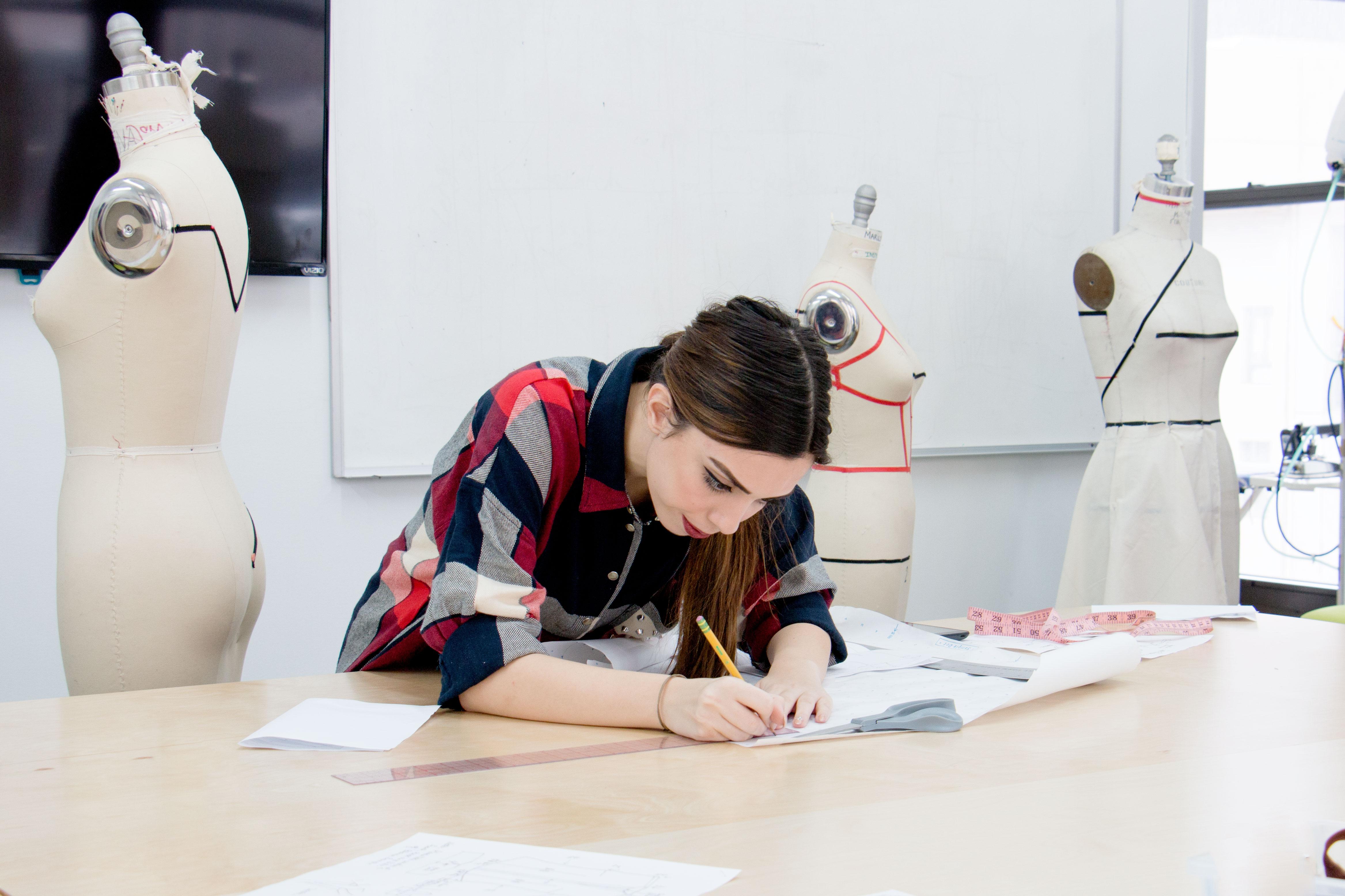 Summer Program - College Experience | New York School of Design: Summer Fashion Portfolio Prep