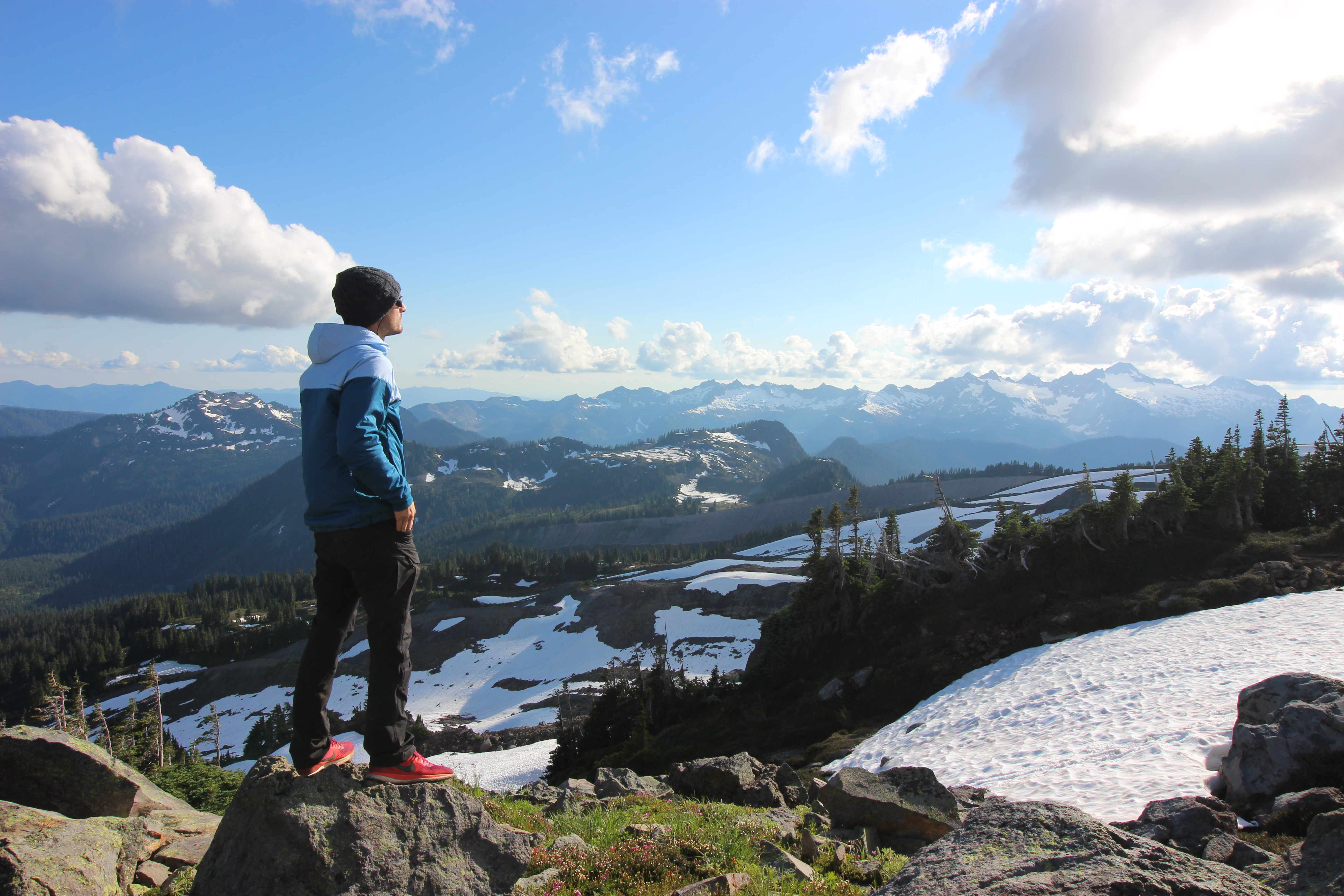 Summer Program - Sailing | NOLS Pacific Northwest Mountaineering and Sailing