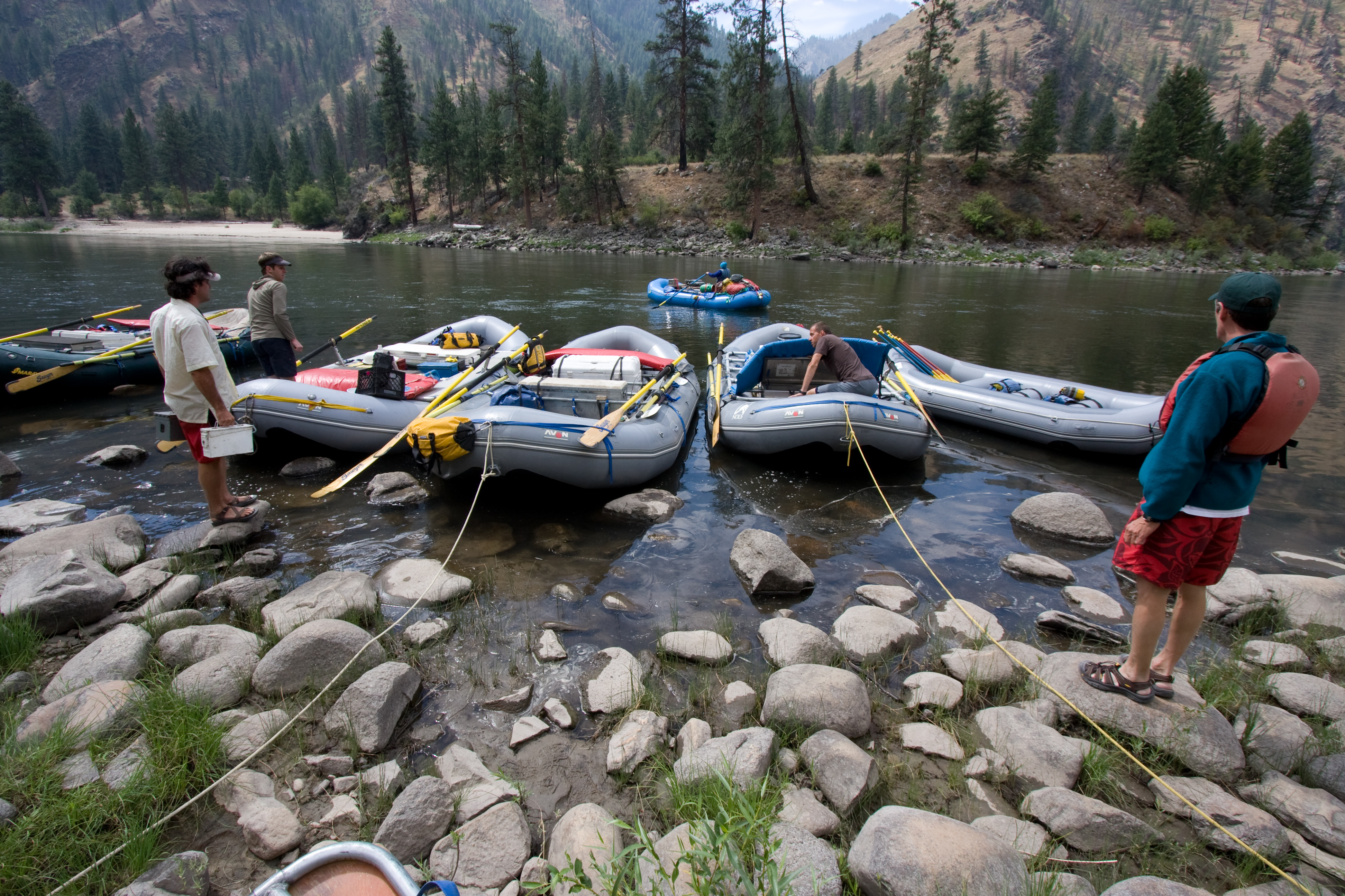 Summer Program - Whitewater Rafting | NOLS Salmon River Adventure
