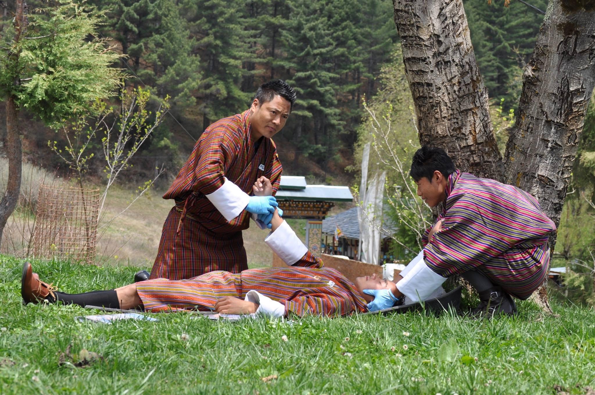 Business - Health & Fitness | NOLS Wilderness Emergency Medicine Technician (WEMT)