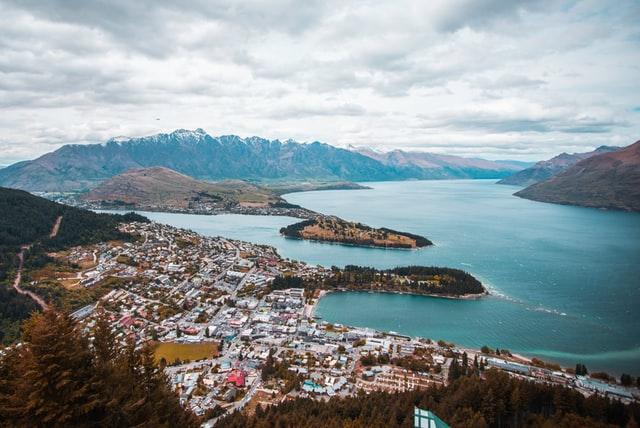 Gap Year Program - Pacific Discovery: New Zealand & Australia Semester Program  1