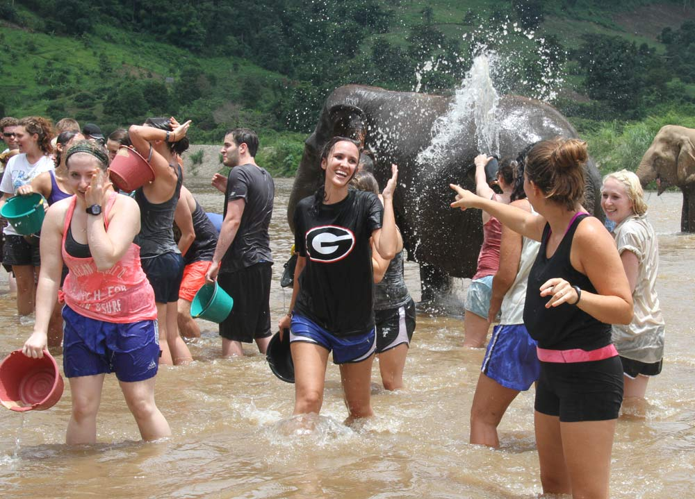 Summer Program -  | Pacific Discovery: Thailand Summer Program