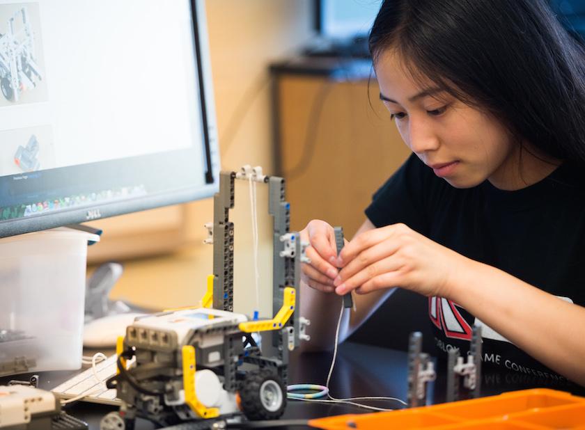 Smith Precollege Summer Programs: Summer Science and Engineering Program