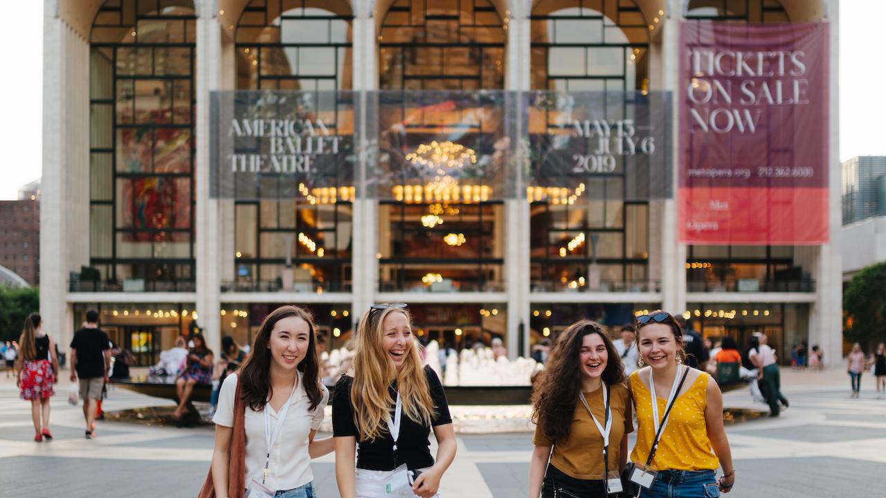 Summer Program - Law | Sotheby's Summer Institute Precollege Program