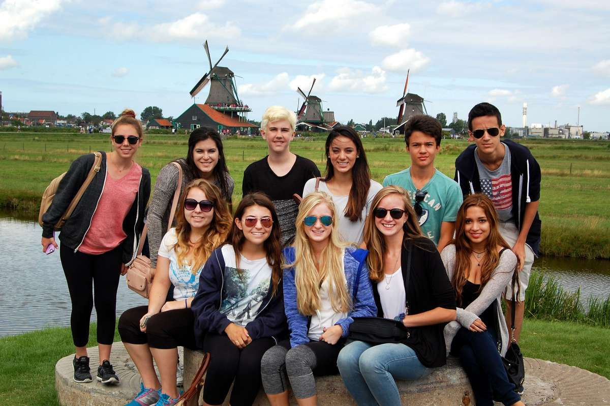 Summer Program - Travel And Tourism | Travel For Teens: Amsterdam, Belgium, and Paris