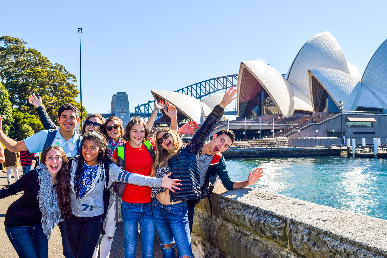 Summer Program - Promoting Volunteerism | Travel For Teens: Australia and Fiji Service