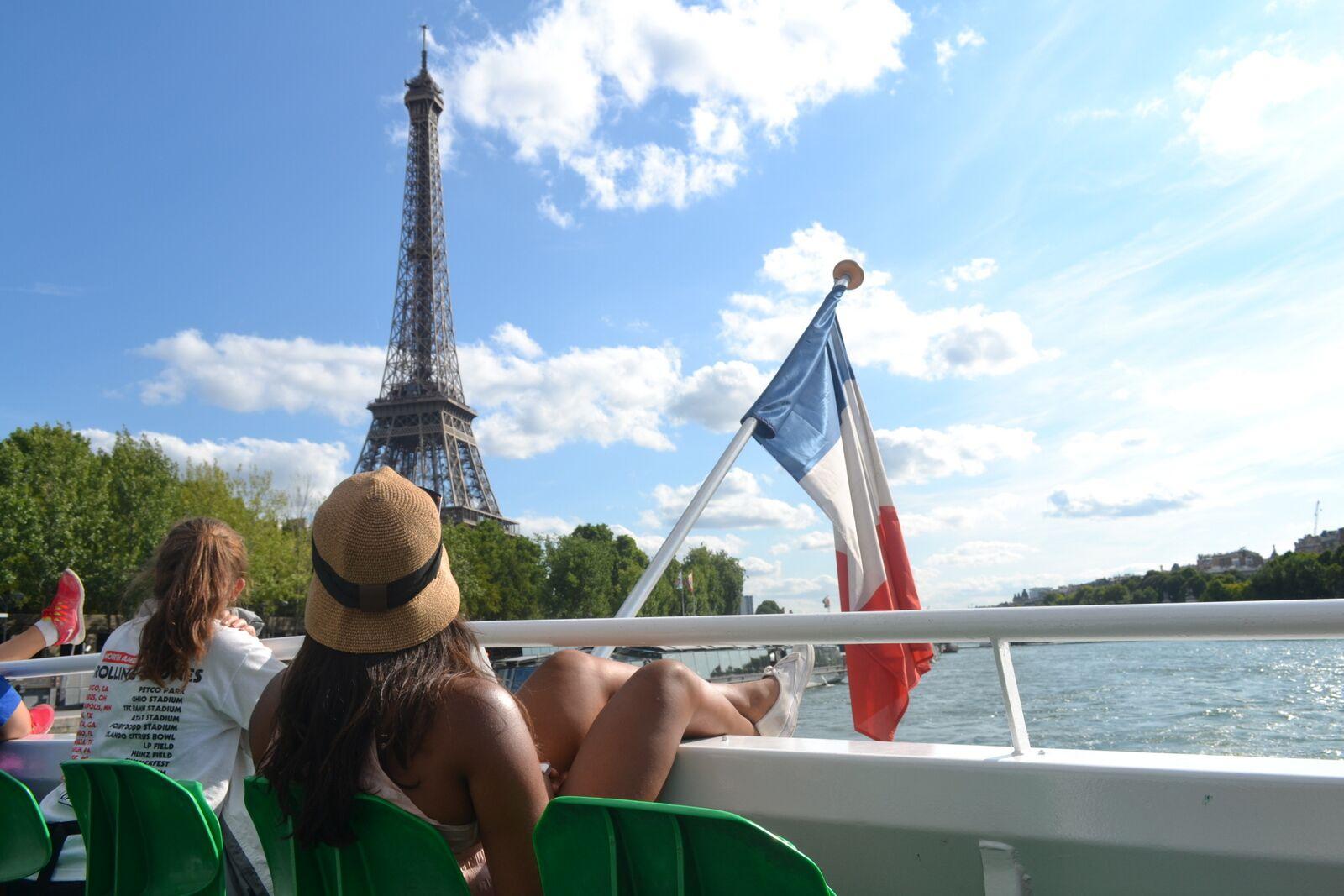 Summer Program - Adventure/Trips | Travel For Teens: Berlin, Paris, and London