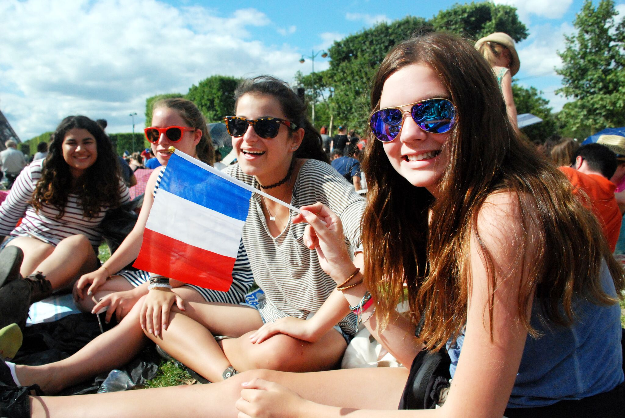 Summer Program - Tours | Travel For Teens: Europe for Younger Teens - Bonjour Paris, Cheerio London
