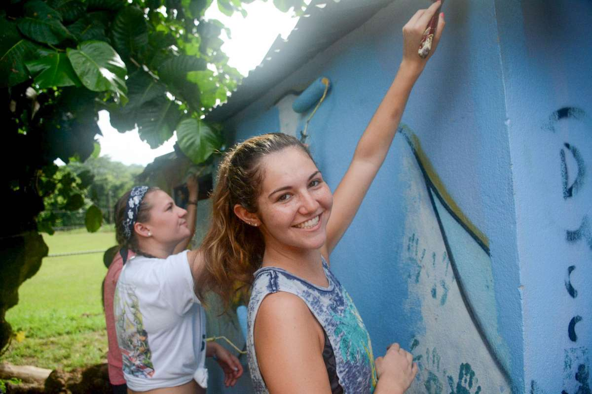 Summer Program - Promoting Volunteerism | Travel For Teens: Costa Rica for Older Teens - Adventure and Service
