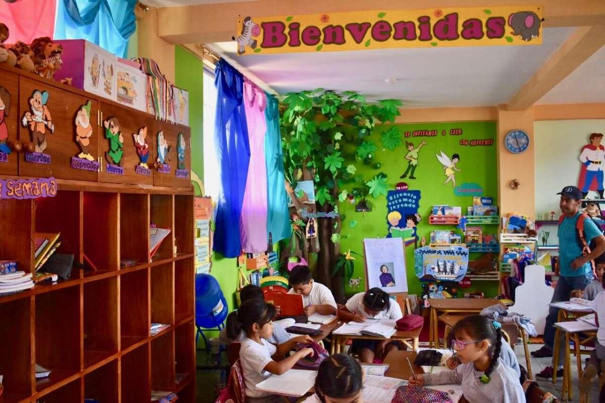Summer Program - Adventure/Trips   Travel For Teens: Ecuador and the Galápagos Service