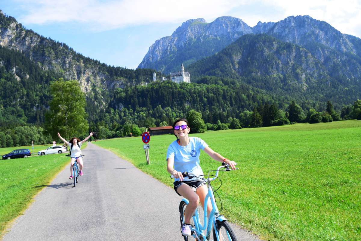Summer Program - Tours   Travel For Teens: Europe for Older Teens - Ultimate Europe (21Days)