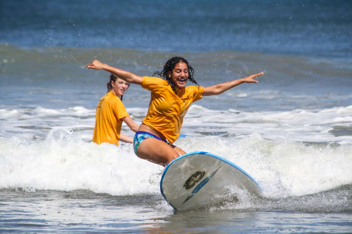Summer Program - Promoting Volunteerism | Travel For Teens: Costa Rica for Middle School - Hola Costa Rica
