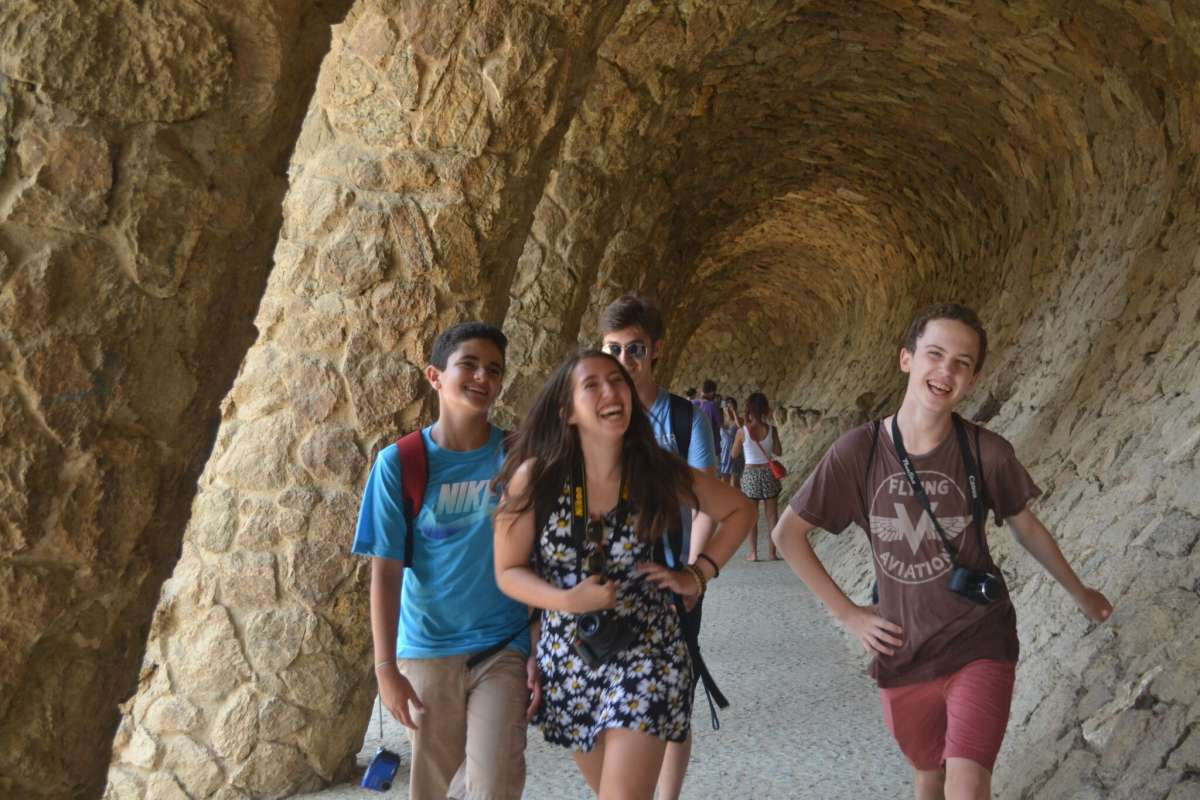 Summer Program - Adventure/Trips   Travel For Teens: Europe for Middle School - Hola Spain