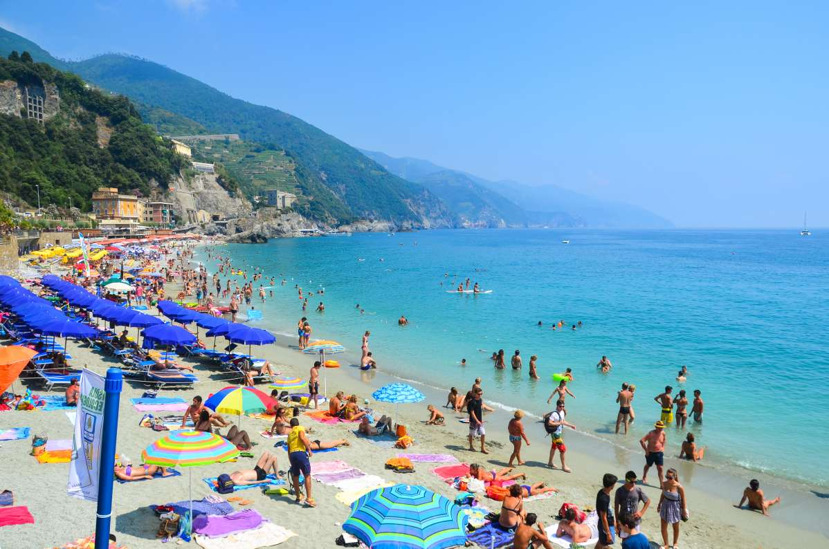 Summer Program - International Relief | Travel For Teens: Italy Service and Adventure
