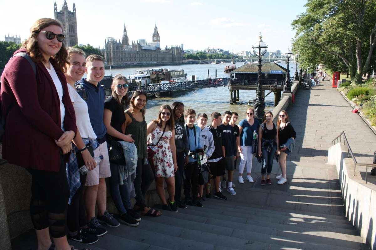 Summer Program - Adventure/Trips | Travel For Teens: London and Paris
