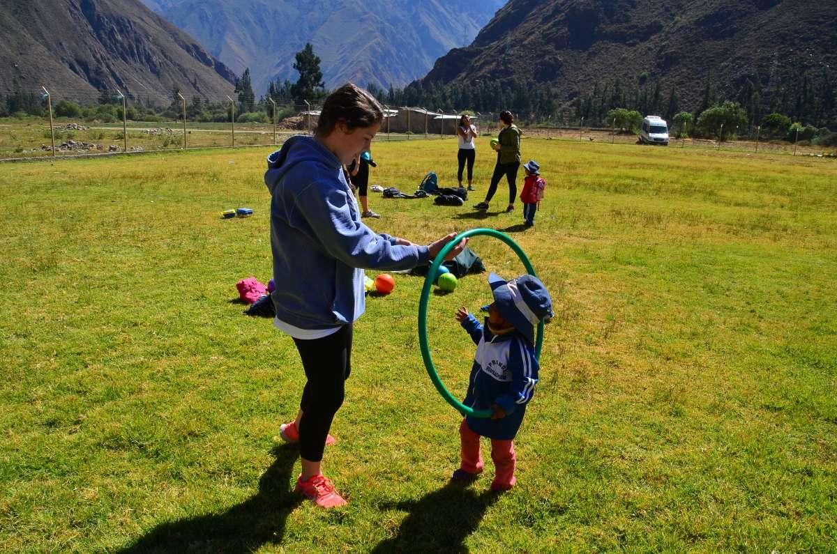 Summer Program - International Relief | Travel For Teens: Peru Service and Adventure
