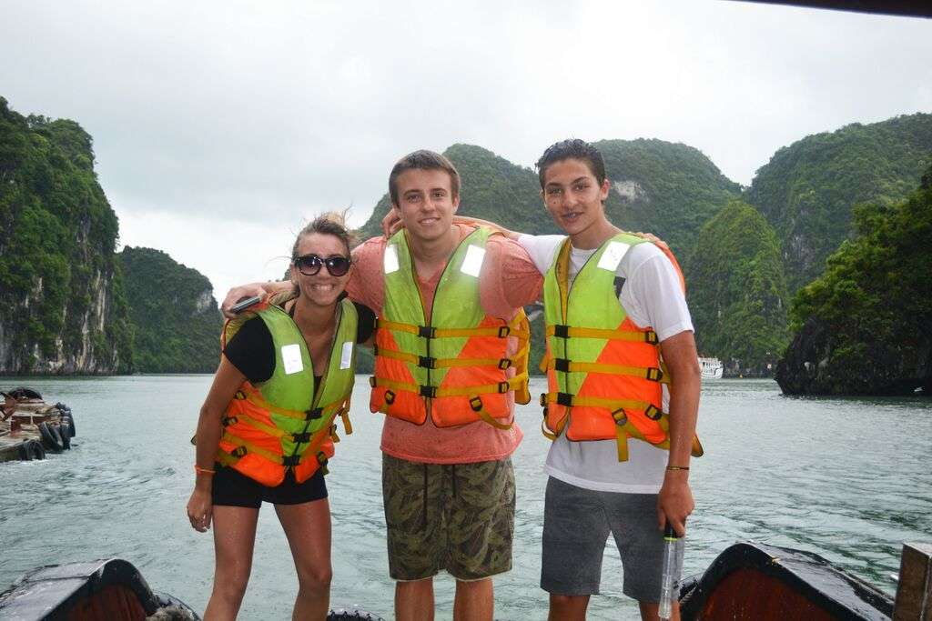 Summer Program - Tours | Travel For Teens: Southeast Asia for Older Teens - Thailand, Laos, Vietnam and Cambodia