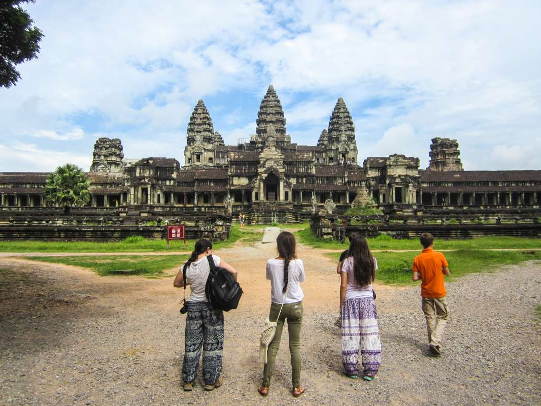Summer Program - Group Travel | Travel For Teens: Thailand, Vietnam, and Cambodia Service and Adventure