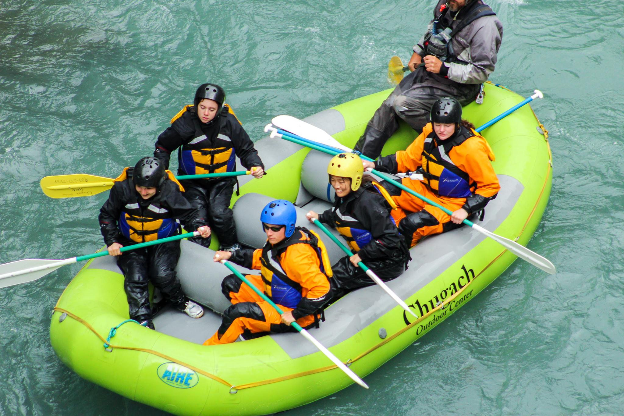 Summer Program - Promoting Volunteerism | Travel For Teens: USA for Older Teens - Alaska Service and Adventure