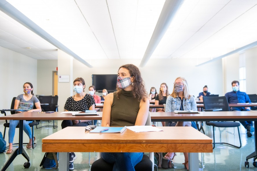 Summer Program - Pre-Med | Tufts Pre-College Programs