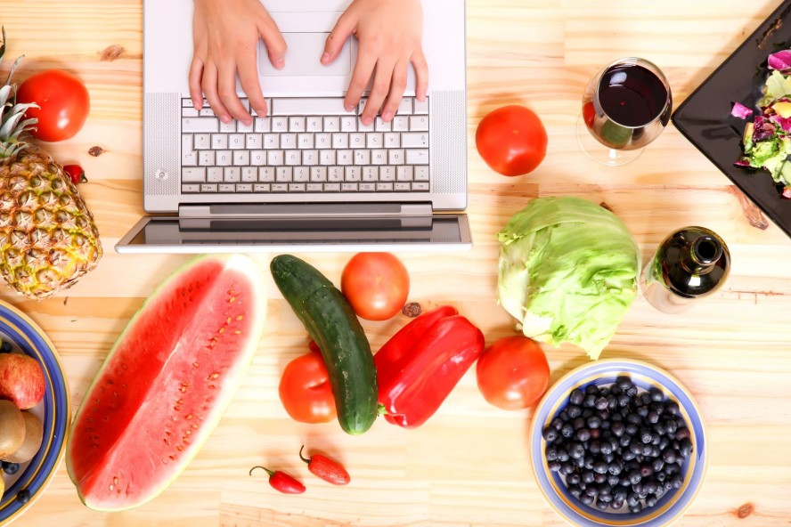 Summer Program - College Courses | Tufts University: Pre-College Food for the Future Program