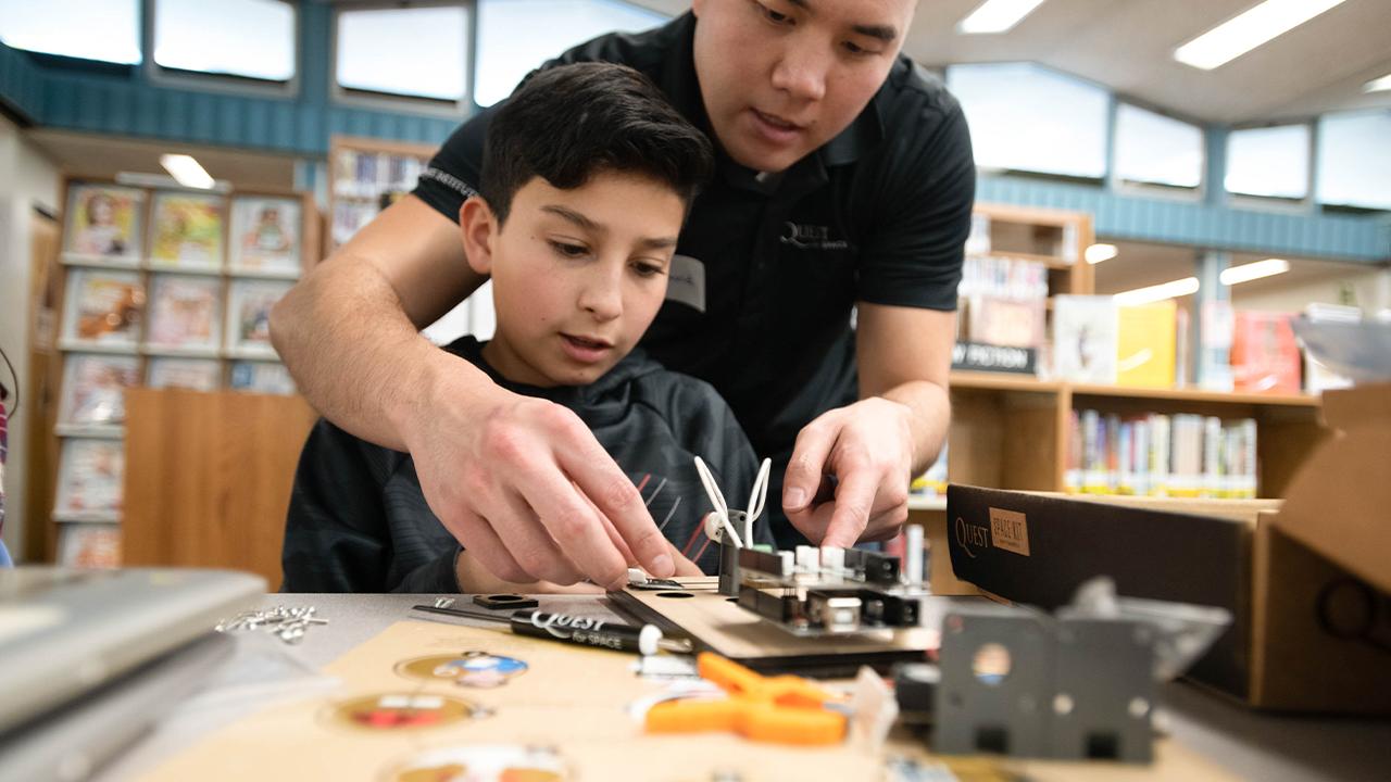 Summer Program - Engineering | UC San Diego Extension Pre-College Programs