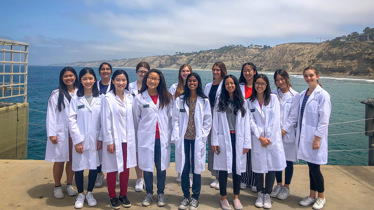 Summer Program - STEM | UC San Diego Extension Pre-College Programs