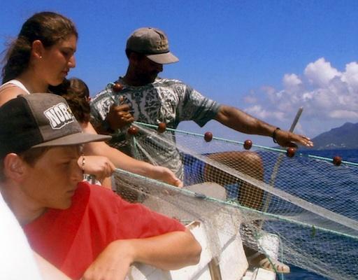 Summer Program - Leadership | VISIONS Guadeloupe High School Service Program