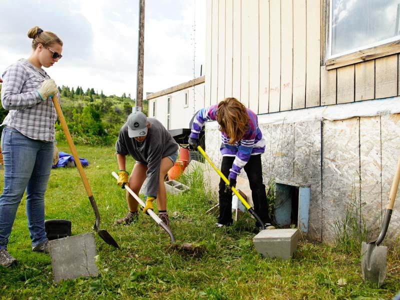 Summer Program - Animals/Nature | VISIONS Montana Farm and Ranch Summer High School Service Program