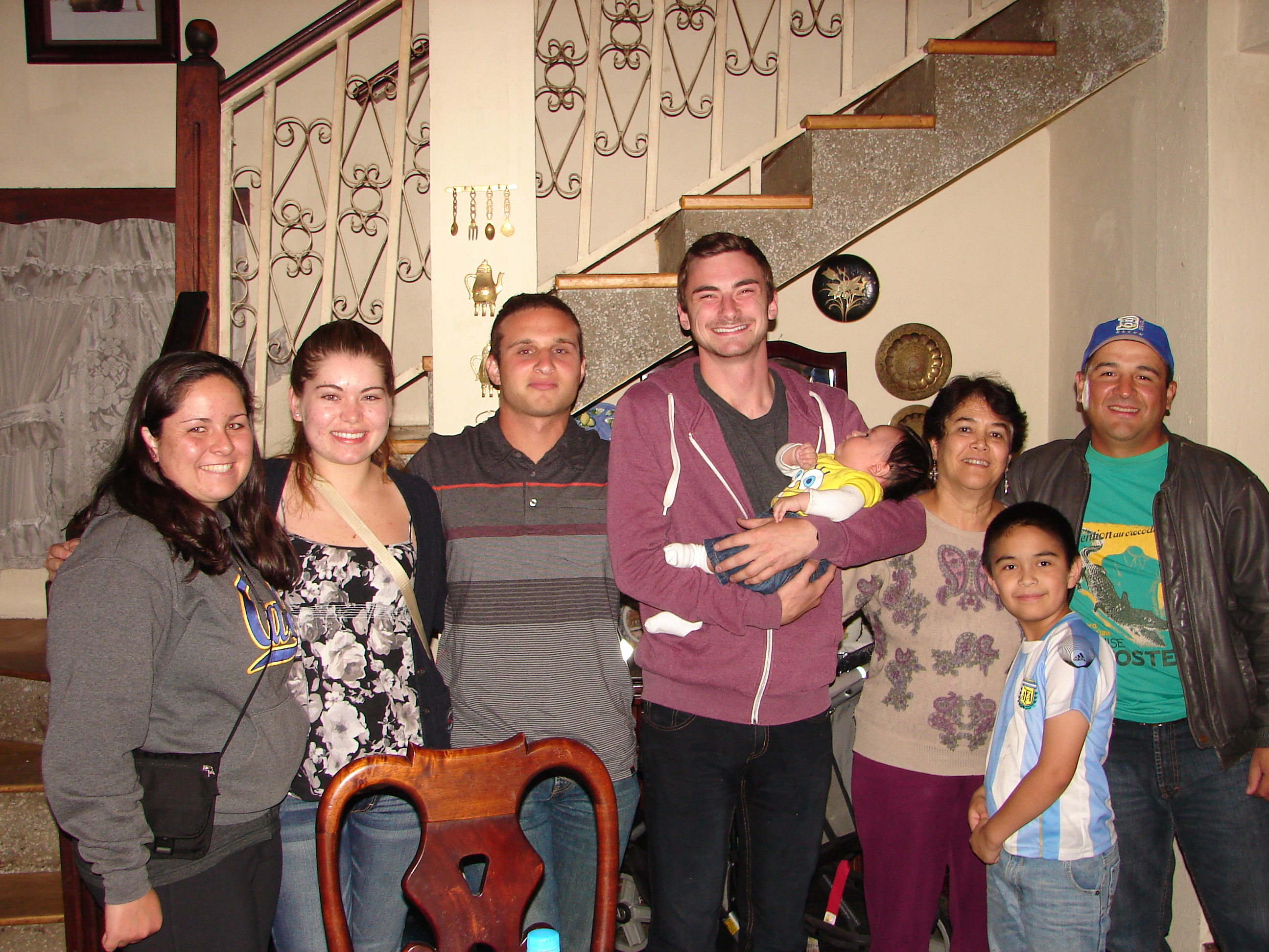 Volunteer in GUATEMALA – Orphanage, Teaching, Animal Rescue and PreMed Program with A Broader View Volunteers