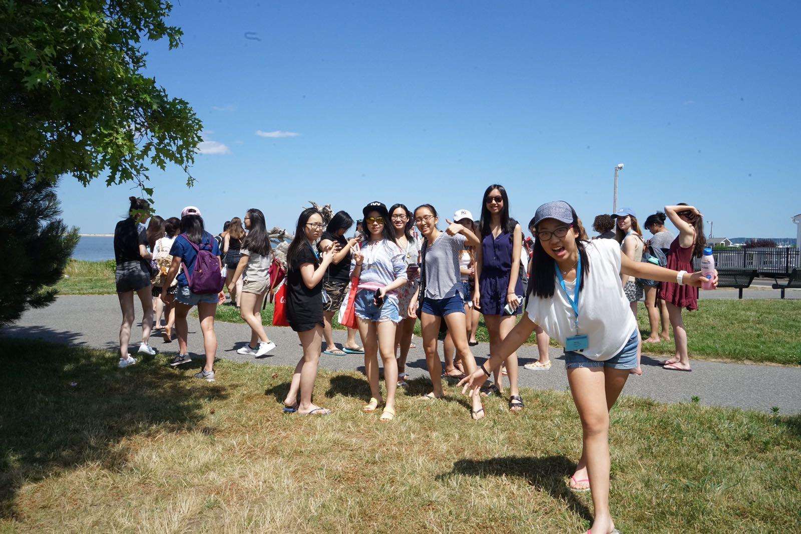 Summer Program - Communications   Wellesley Pre-College: Exploratory Workshops