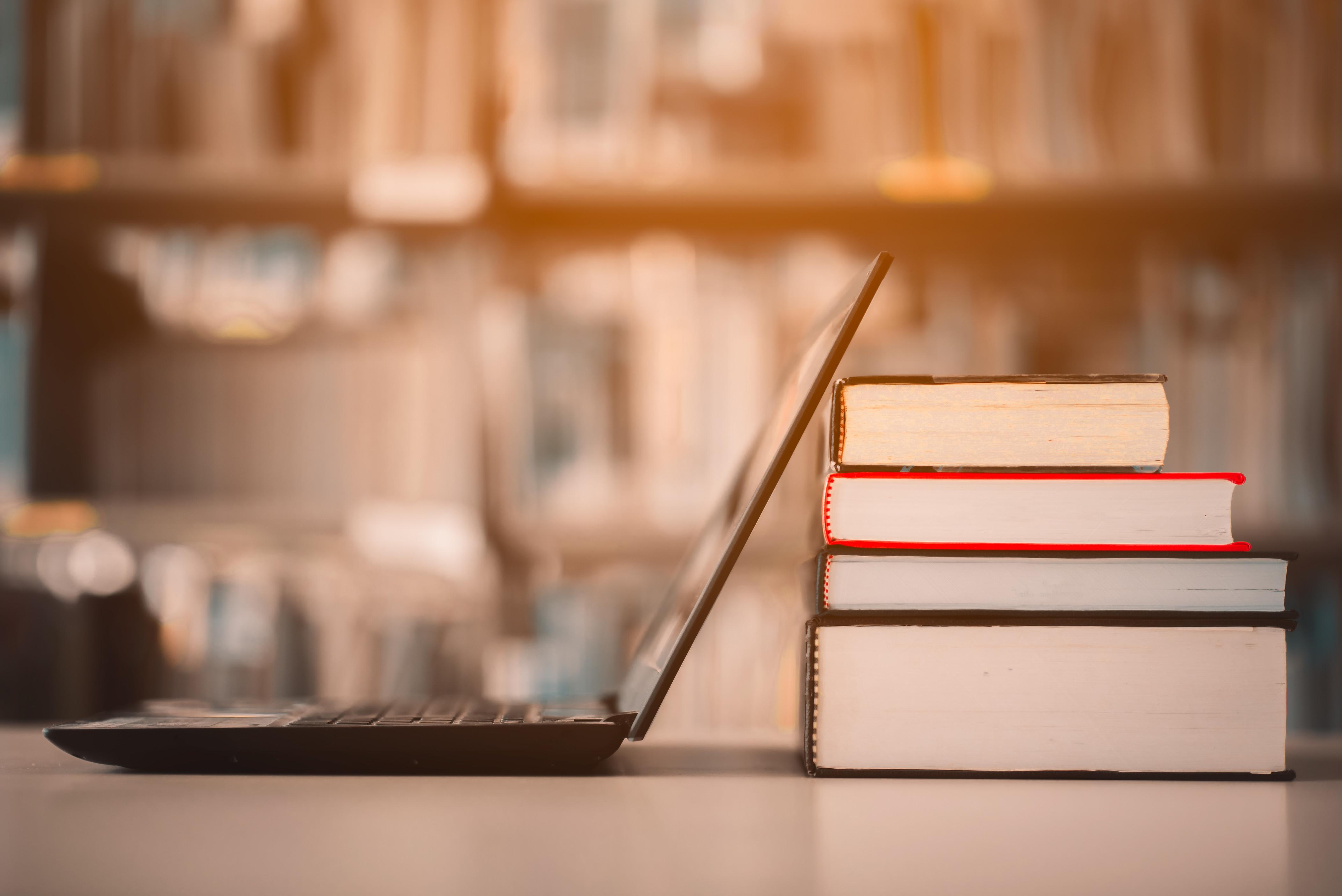 Summer Program - Finance | World Business Academy Online | Business Summer Courses