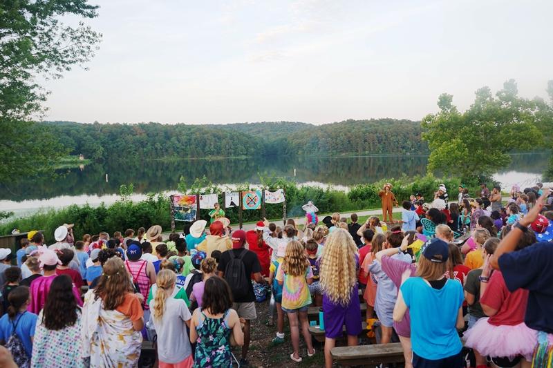 Summer Program - Arts and Crafts | YMCA Camp Lakewood - Overnight Summer Programs