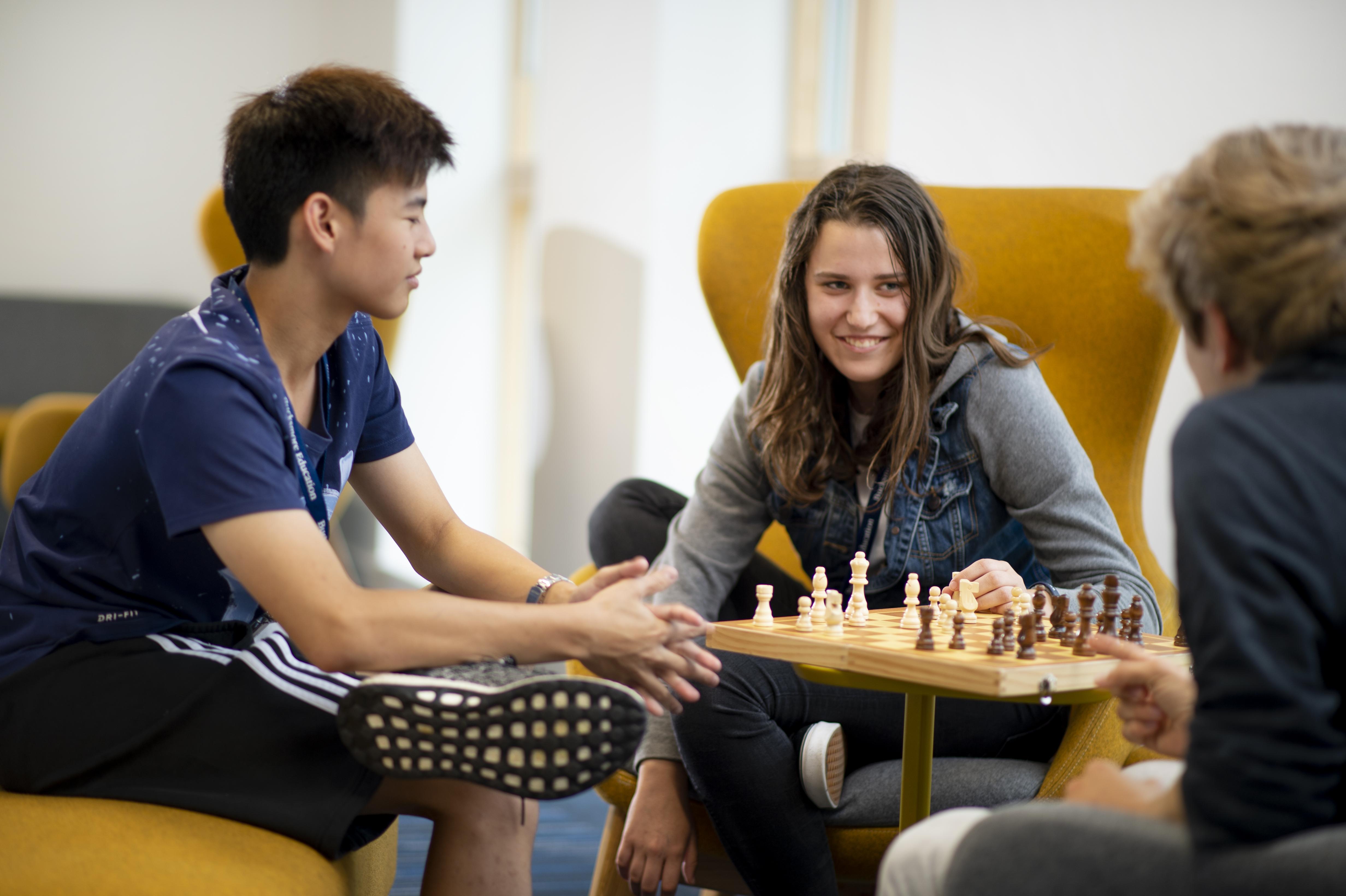 Summer Program - Pre-Med | Campus Oxford: Young Professionals Program